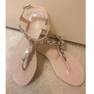 Cupid sandals size 6 nude color
